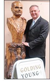 Gianni Versace Bust by Willard Wigan